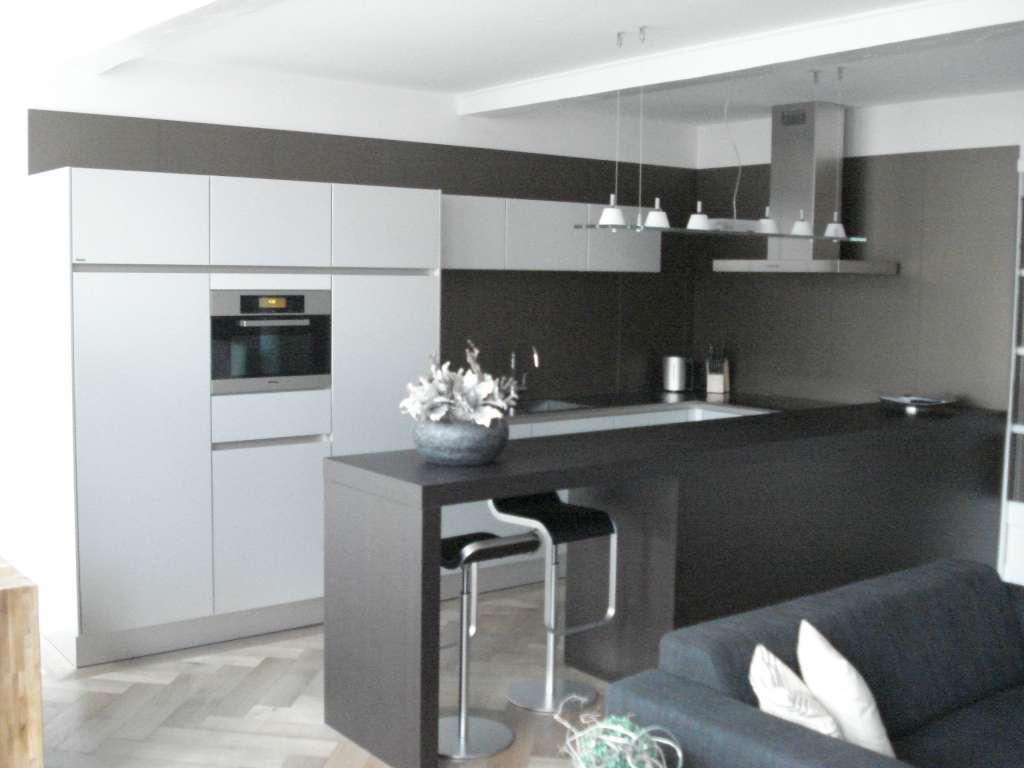 Design badkamer klein for Kleine amerikaanse keuken met bar